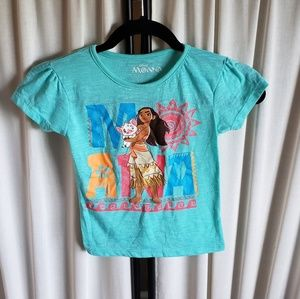 Disney Moana size 5T (girls) short sleeve tshirt